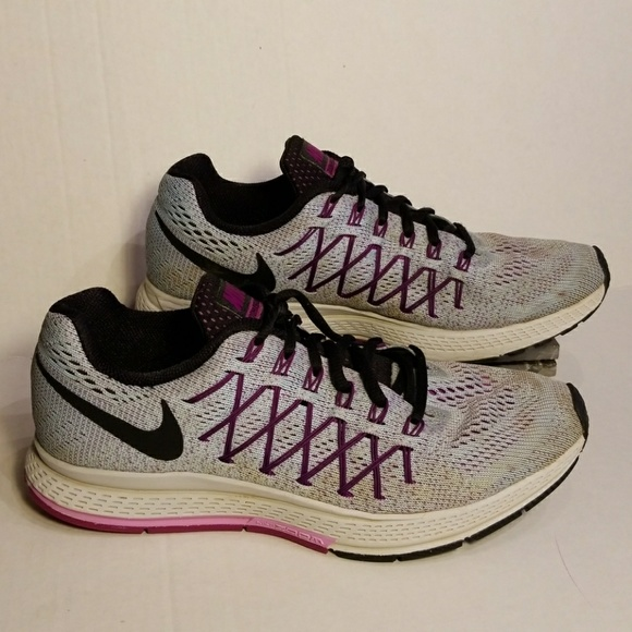 Nike Zoom Pegasus 32 women's shoes size 9.5